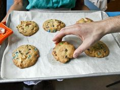 #Halloween party food:  potato chip + candy bar cookies>> http://www.hgtv.com/entertaining/sweet-and-salty-halloween-snack-recipes/pictures/page-24.html?soc=pinterest