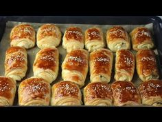 Breakfast Pastries, Cooking Chef, Yeast Bread, Beignets, Naan, Hot Dog Buns, Good Food, Brunch, Dessert Recipes