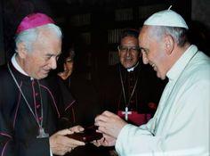 Monseñor Antonio Arregui: 'El Gobierno está empeñado en apoyar al papa en su visita' - Política - Noticias | El Universo