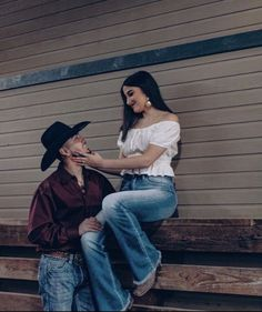 Wedding invitations country couple outfits, country c. Country Couple Tattoos, Cute Country Couples, Country Couple Pictures, Teen Couple Pictures, Country Girls Outfits, Cute Couples Goals, Cute Cowgirl Outfits, Couple Goals Teenagers, Estilo Cowgirl