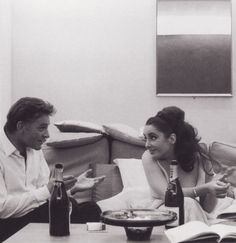 Elizabeth Taylor, Richard Burton & plenty of Moet Hollywood Couples, Hollywood Glamour, Classic Hollywood, Old Hollywood, Richard Burton Elizabeth Taylor, Burton And Taylor, Violet Eyes, Out Of Touch, British American