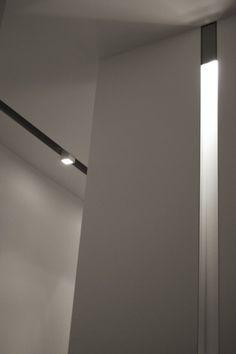 Lighting design inside a minimal interior in Miami _