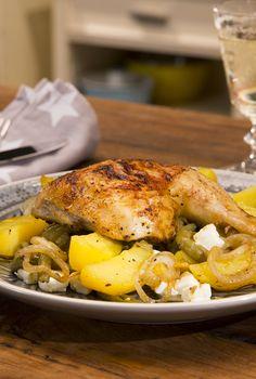 Griechische Hähnchen-Pfanne mit Kartoffeln, Bohnen und Feta