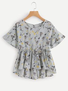 Shop Floral Print Keyhole Back Frill Hem Top at ROMWE, discover more fashion styles online. Girls Fashion Clothes, Teen Fashion Outfits, Fashion Wear, Look Fashion, Girl Fashion, Fashion Dresses, Stylish Dresses For Girls, Cute Casual Outfits, Blouse Designs