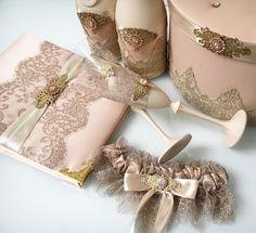 Wedding Boxes, Wedding Sets, Wedding Guest Book, Wedding Trends, Trendy Wedding, Diy Wedding, Wedding Wine Glasses, Wedding Flutes, Wedding Unity Candles