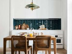 the lisboans portugal kitchen 6 Casa Bonay, Home Interior, Interior Design, Interior Colors, Interior Plants, Interior Modern, Tadelakt, Ikea Kitchen, Kitchen Sink
