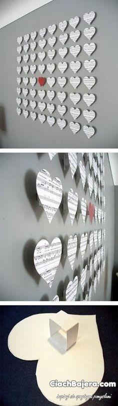 Serduszkowa decoration on the wall