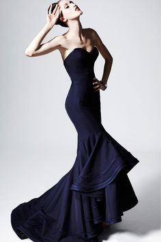 Celebrities who wear, use, or own Zac Posen Pre-Fall 2013 Strapless Gown. Also discover the movies, TV shows, and events associated with Zac Posen Pre-Fall 2013 Strapless Gown. Zac Posen, Look Fashion, Fashion Show, Fashion Models, Fashion Glamour, Fashion Mag, Lifestyle Fashion, Fashion Clothes, Fall Fashion