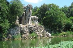 We Would Live Inside This Italian 'Colossus' Sculpture