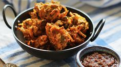 This is the best vegetable pakora recipe – check it out today. Pakora are delicious and this fantastic step-by-step recipe is really easy to follow.