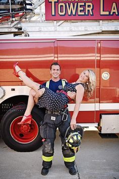 firefighter-engagement-photos-fall-engagement-session-photos-of-dogs-and-fire-men-chicago-photographer-11