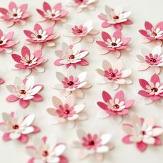paper flowers-cherry blossoms to glue to branches Paper Flowers Diy, Paper Roses, Handmade Flowers, Flower Cards, Diy Paper, Fabric Flowers, Paper Crafts, 3d Templates, Origami