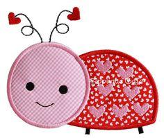 Valentine Ladybug Applique - 3 Sizes!