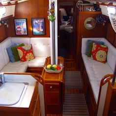 A family living on their sailboat. Windtraveler: Making a Boat a Home: The Art of Decorating A Boat. Sailboat Decor, Sailboat Interior, Sailboat Living, Living On A Boat, Yacht Interior, Interior Design, Make A Boat, Build Your Own Boat, Houseboat Living