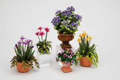 Good Sam Showcase of Miniatures: Flowers: Jan's Flower Shoppe & More