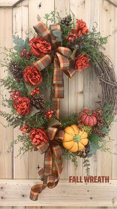 Thanksgiving Wreaths, Easter Wreaths, Thanksgiving Decorations, Holiday Wreaths, Fall Door Decorations For Home, Spring Wreaths, Autumn Wreaths For Front Door, Diy Fall Wreath, Wreath Crafts