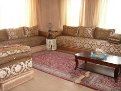 Living Room Decor, Living Spaces, Moroccan Furniture, Corner House, Moroccan Design, Decoration, Sweet Home, Indoor, Couch