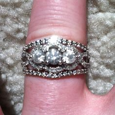 Engagement and wedding bands<3