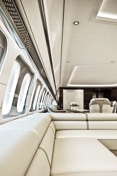 Fly Private Gentleman's Essentials – [pin_pinter_full_name] Fly Private Gentleman's Essentials Flying private….so clean and white! Luxury Jets, Luxury Private Jets, Private Plane, Luxury Yachts, Airplane Interior, Yacht Interior, Dassault Falcon 7x, Private Jet Interior, New Jet