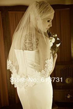 Free Shipping 2014 Hot Sale  Elegant One Layer Tulle Short Veils White Ivory Wedding Veil Waist Length Bridal Veil