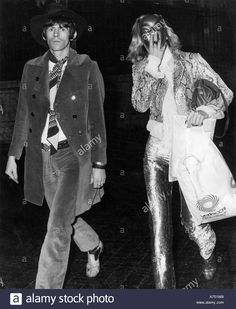 Rolling Stones Keith Richards And Anita Pallenberg Shopping In Rome Stock Photo, Royalty Free Image: 6700631 - Alamy Mick Jagger Rolling Stones, Rolling Stones Music, Anita Pallenberg, Rolling Stones Keith Richards, London Live, She Walks In Beauty, King Richard, British Rock, Italian Actress