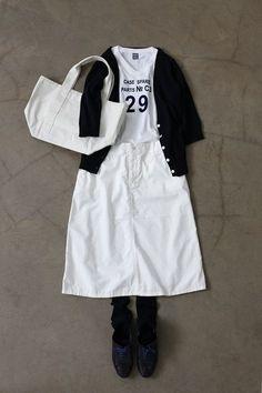 内田彩仍さん「春 ~もう一度、白い服を~」 | 暮らしとおしゃれの編集室 Skirt Fashion, Boho Fashion, Fashion Outfits, Womens Fashion, Japanese Fashion, Korean Fashion, Spring Summer Fashion, Spring Outfits, Mix And Match Fashion