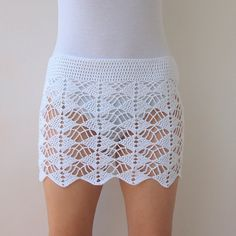 CROCHET PATTERN, woman lace skirt, women beach cover up, boho wedding, bride… Crochet Bodycon Dresses, Black Crochet Dress, Crochet Skirts, Crochet Clothes, Crochet Motifs, Crochet Patterns, Beach Coverup Pattern, Bikini Crochet, Diy Foto
