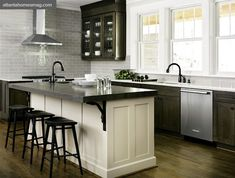 I am loving this kitchen today, soooooo much! The basket of apples is my fav!