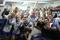 Així ha celebrat l'equip, al vestidor, tornar a ser líder de Tercera!