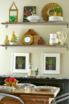 The Thriftress: Blogger Stylin' Home Tours Christmas 2014