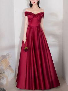 Red Bridesmaids, Red Bridesmaid Dresses, Prom Dresses, Dress And Heels, I Dress, Dress Red, Casual Dresses, Fashion Dresses, Formal Dresses