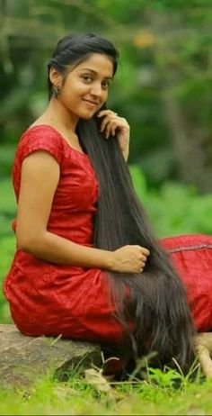- Hair Styles For School Bun Hairstyles For Long Hair, Braids For Long Hair, Bride Hairstyles, Indian Hairstyles, Long Silky Hair, Very Long Hair, Beauty Full Girl, Cute Beauty, Beautiful Braids