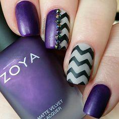 Super pretty purple mani by @madhattermh!✨ Thank you! - Chevron #NailVinyls snailvinyls.com