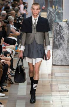 Summer 2020 Men's Fashion Collection: Skirts And Dresses! Fashion Fail, Men Fashion Show, Weird Fashion, Fashion Week, Runway Fashion, Mens Fashion, Thom Browne, Style Androgyne, Revival Clothing