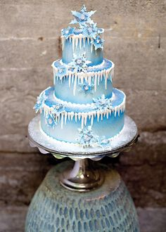 Beautiful Frosty Blue Wedding Cake For The Perfect Winter