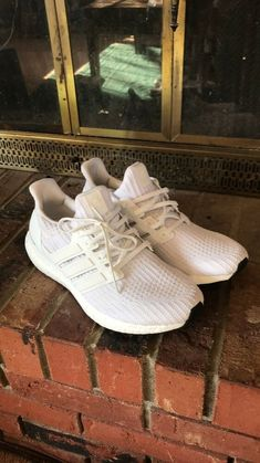 96f4229c993e Adidas Ultra Boost 4.0 Triple White Men New Running Shoe size 9  fashion   clothing