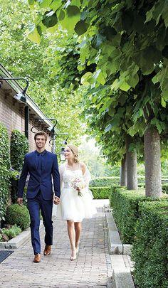 Mooi groen. Mooie entree. En een nóg mooier bruidspaar. Ook jullie zullen schitteren bij de aankomst op Mereveld voor dé bruiloft. #Mereveld Utrecht in TOP 5 populairste trouwlocaties van Nederland!