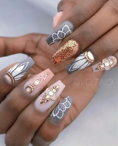 What manicure for what kind of nails? - My Nails Nail Swag, Gem Nails, Hair And Nails, Fabulous Nails, Gorgeous Nails, Stylish Nails, Trendy Nails, Ongles Bling Bling, Nagellack Design