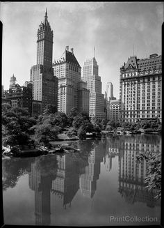 New York City art. Night view of plaza buildings, over park lake, year New York City photography. Vintage New York, Photo New York, Shorpy Historical Photos, New York City Central Park, Ville New York, Voyager Loin, Little Italy, Upstate New York, Old Pictures
