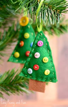 30 simple Christmas ornaments kids can make Gift of Curiosity: 30 Simple Christmas Ornaments Kids Can Make Gift Of Curiosity. 30 Simple Christmas Ornaments Kids Can Make Gift Of Curiosity. Diy Paper Christmas Tree, Christmas Decorations For Kids, Christmas Craft Fair, Kids Christmas Ornaments, Simple Christmas, Handmade Christmas, Christmas Holiday, Felt Ornaments, Christmas Ideas