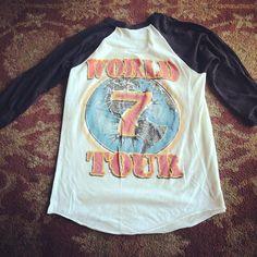 2c9cfb8670b14d  TRIUMPH 1984 Thunder Seven World Tour tee