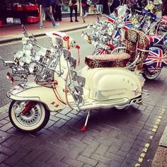 Awesome seeing these in Brighton Town! #Mods #Scooters #Italian