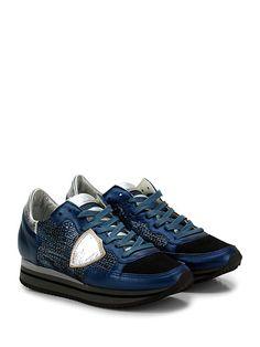 PHILIPPE MODEL PARIS - Sneakers - Donna - Sneaker in pelle, pelle laminata e tessuto tecnico con paillettes e logo cucito su lato esterno. Suola in gomma, tacco 30, platform 20 con battuta 10. - BLU\SILVER - € 220.00