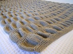 Elm Avenue Throw Blanket by Lauren Scungio. free pattern on Ravelry