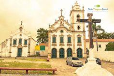 Centro Histórico e a Igreja Matriz de Nossa Senhora da Conceição, em Marechal Deodoro, estado de Alagoas, Brasil. Fotografia: Ricardo Junior / www.ricardojuniorfotografias.com.br