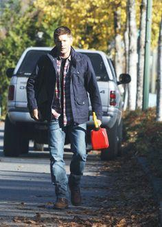 "Dean in 9x10 ""Road Trip"" #Supernatural #Bowlegs"