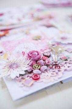 Kuns van Leef Des 29 Paper Art, Paper Crafts, Scrapbooking Layouts, Mixed Media Art, Gift Wrapping, Creative, Cards, Pink, Handmade
