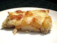 Szintén egy végtelenül egyszerű ebéd ötlet a sűrű hétköznapokra. :) Anya még nyáron készítette el, ...