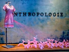 Four Window Displays Tips from a former Anthropologie Visual Merchandiser | The Mannequin Madness Blog
