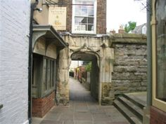 College Court with Beatrix Potter's House of the Tailor of Gloucester (left), Gloucester
